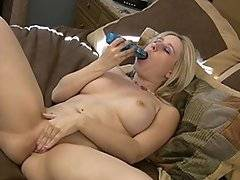 Sammi loves the taste of her own pussy. She would always clean her toys with her tongue or suck my dick after I was fucking her pussy. Glad I filmed it all arent you?!