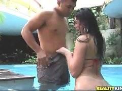 Hot brunette latina begins suck his huge dick