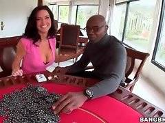 Sexy and hot baroness wants to have sex with her new bf