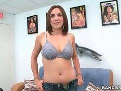 Slutty Sabrina Taylor wants to have amazing fuck