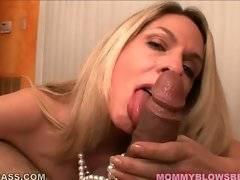 Sluty lady demonstrates her good sucking skills.