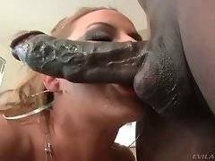 Slut with appetizing ass is sucking black cock