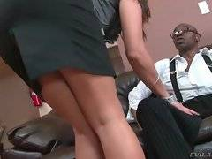 In this porn video you can see handsome bitch