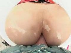 In this porn video you can see dirty bitch