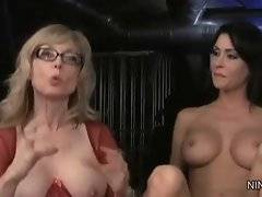 Adorable Jessica Jaymes wants to lick her babes kitty