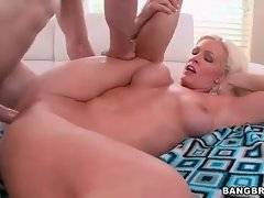 Entrancing Kaylee Brookshire is satisfying her fucker