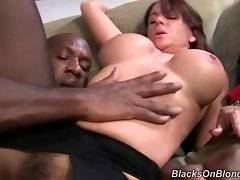 In this porn video you can see tempting Janet Mason