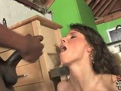 In this porn video you can see kinky Syren DeMer