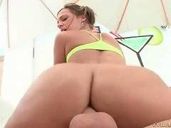 In this porn video you can see sexy bitch