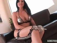 In this porn video you can see foxy Melissa Lauren