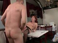 Winsome whore is having unforgettable bang
