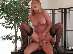 Amateur boss likes when his bitch is doing blowjob