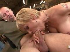busty and winning whore is sucking perfect