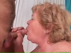 In this porn video you can see dirty cock sucker