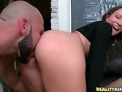 Pretty brunette chick gets her ass licked.