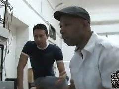 Guy has problems with his computer and this black man can help him.