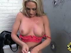 Sindy makes black dick pocked through glory hole spray cum on her face.