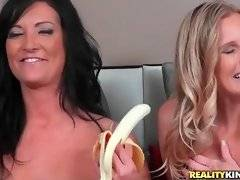 Brianna Ray and Sammy Brooks share their sexual experience.