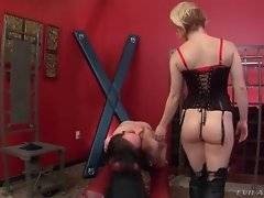 Sexy mistress loves to have her clit sucked.