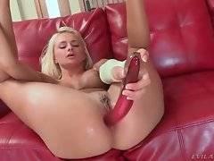 Hot looking blonde slutie spreads legs and assfucks herself.