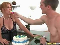 Joss wants to thank Danny for the cake and starts to kiss him.