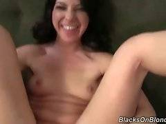 Awesome slutie greatly enjoys feeling massive black bone inside.