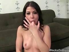 Sluty brunette babe catches fresh cumshot.