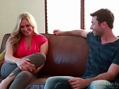 James Deen is fond of his girlfriend`s sexy mom.