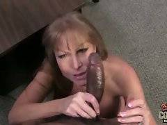 Darla Crane loves to feel huge black bone in her asshole.