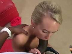 Nikki Hunter comes back home and catches her daughter sucking black guy.