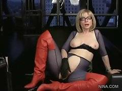 Pretty Nina Hartley shares her sexual experience.
