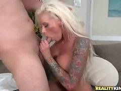 Hot shaped slutty milf works her hungry mouth at thick dick.