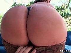 You can`t miss the view of Sandra`s incredible ass cheeks.