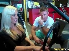 Levi Cash and Zoey Portland are trying to make a deal about the car.