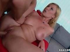 Turned on stud thoroughly penetrates hot shaped hooker Donna Bell.