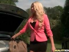 Summer Brielle Taylor needs the car to get to the important meeting but Tyler Steel isn`t finished fixing it.