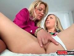 Experienced hot milf Jennifer Best is fondling sexy Karla Kush.