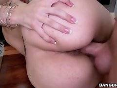Horny toned stud thoroughly penetrates booty young Latina.