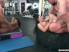 Amazing big bottomed hookers and tough guys enjoy hot orgy in gym.