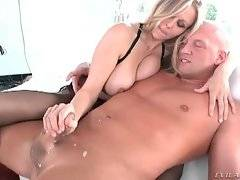 Sexy milf does her best to lead her partner to cumshot.