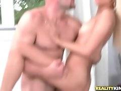Turned on dude thoroughly penetrates girl`s juicy tight cunt.