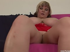 Watch BBW Juliana as she sucks and fucks her red dildo!
